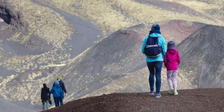 etna tour with children