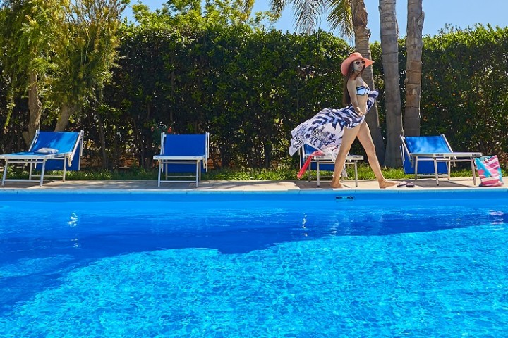 villas-in-sicily-with-pool
