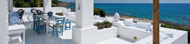 The large terrace with sea view at Casa Blu