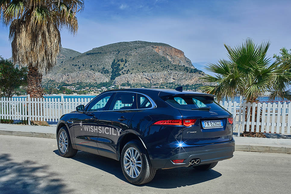 Private transfer - Get to your villa in Style