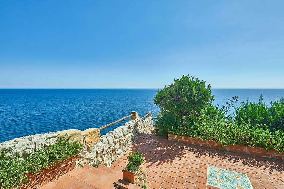 Villa Lo Scoglio, Fontane Bianche - Sicily