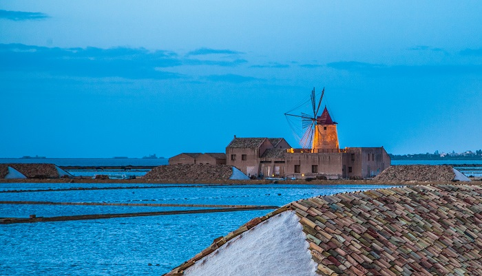 Mozia and the salt pans