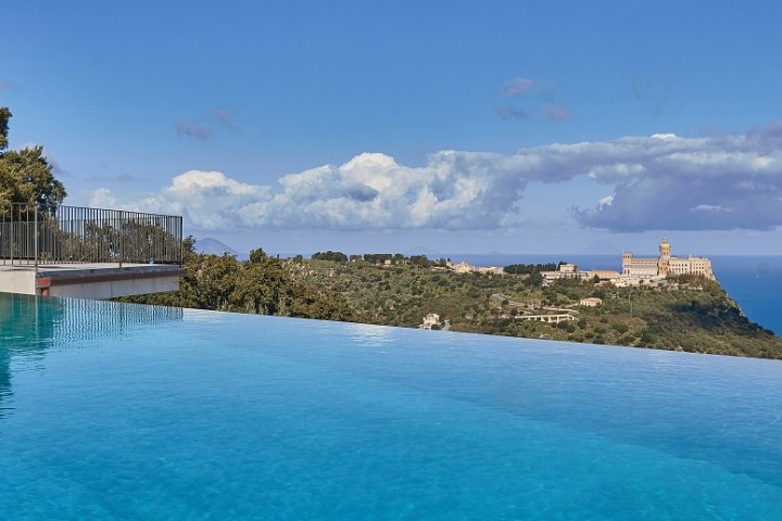 sicily-villas-with-views