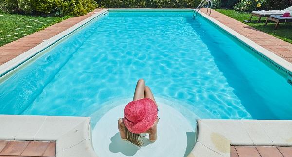 Villa Rosa Antica's pool