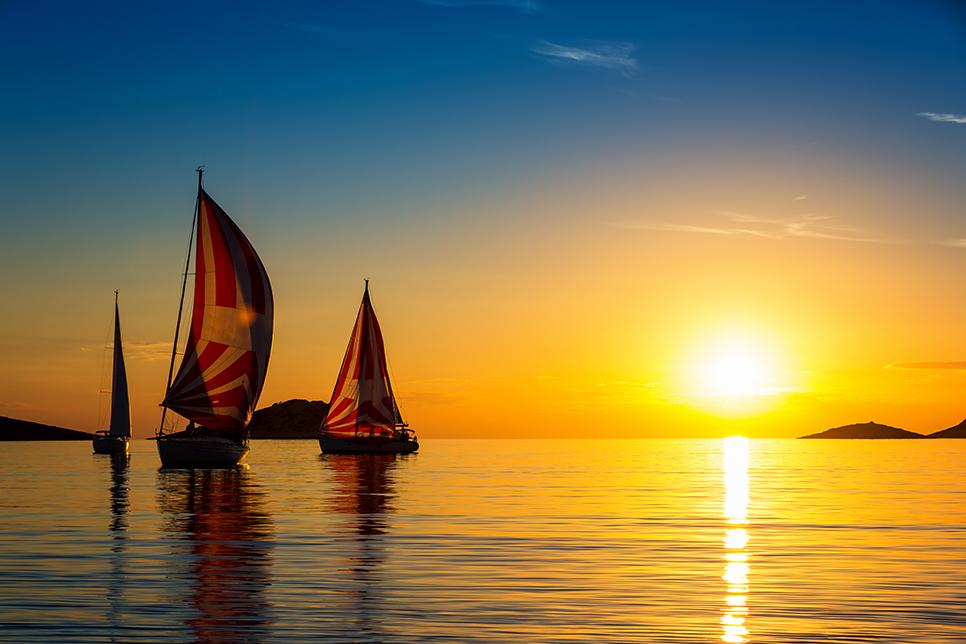 Tour in barca a vela e a motore
