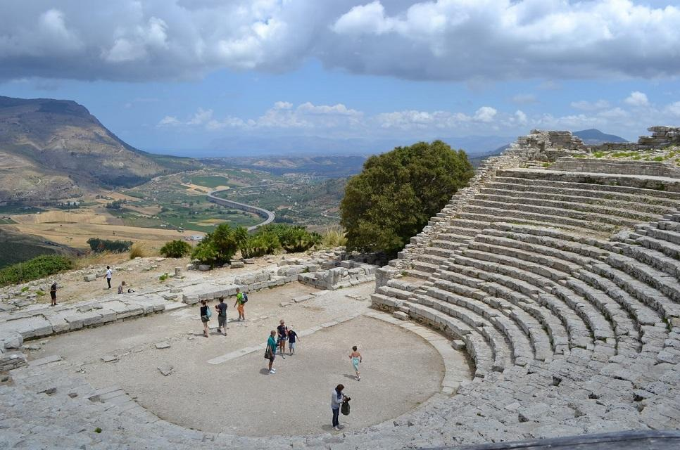 Culture-seekers in Sicily