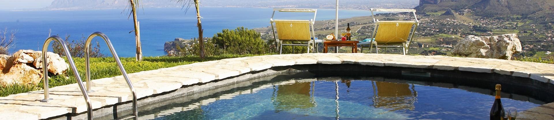 Villas in Sicily with pools near Trapani