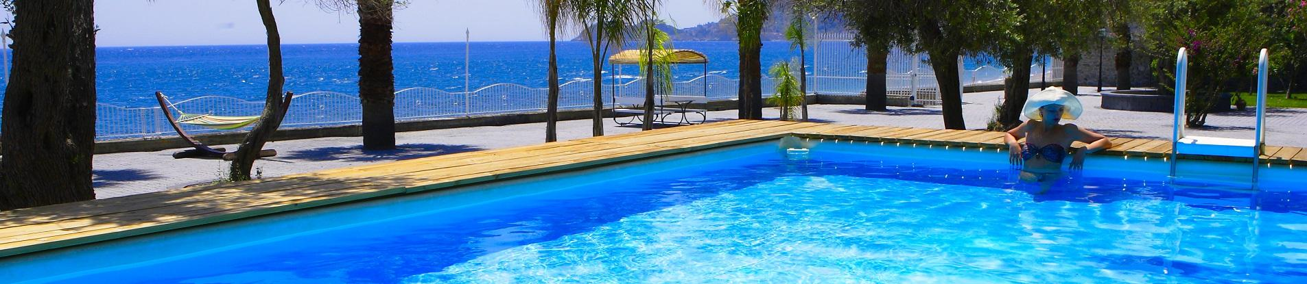 Villas in Sicily with pools near Taormina