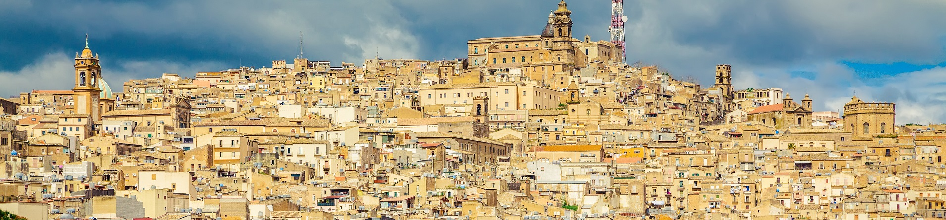 Sicily villas and holiday homes near Caltagirone