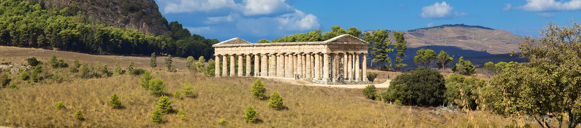 Sicily villas and holiday homes near Segesta