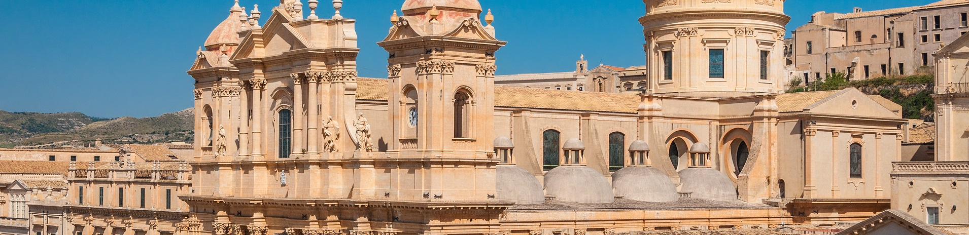 Villas in Sicily and holiday homes near Noto