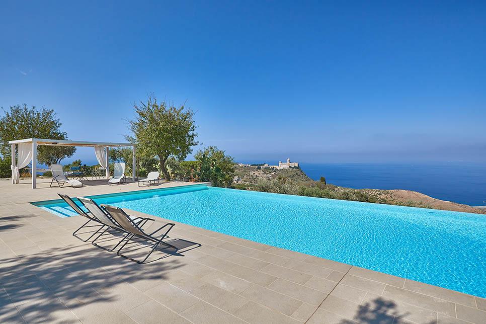 Villas in Sicily in Patti