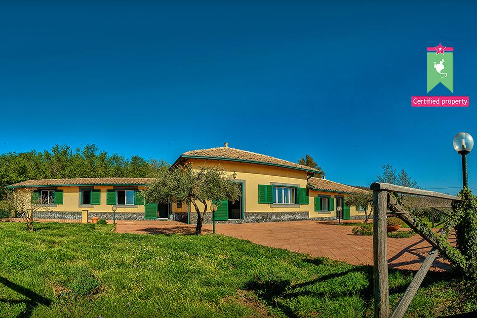 Casa Gialla Sant'Alfio 26210