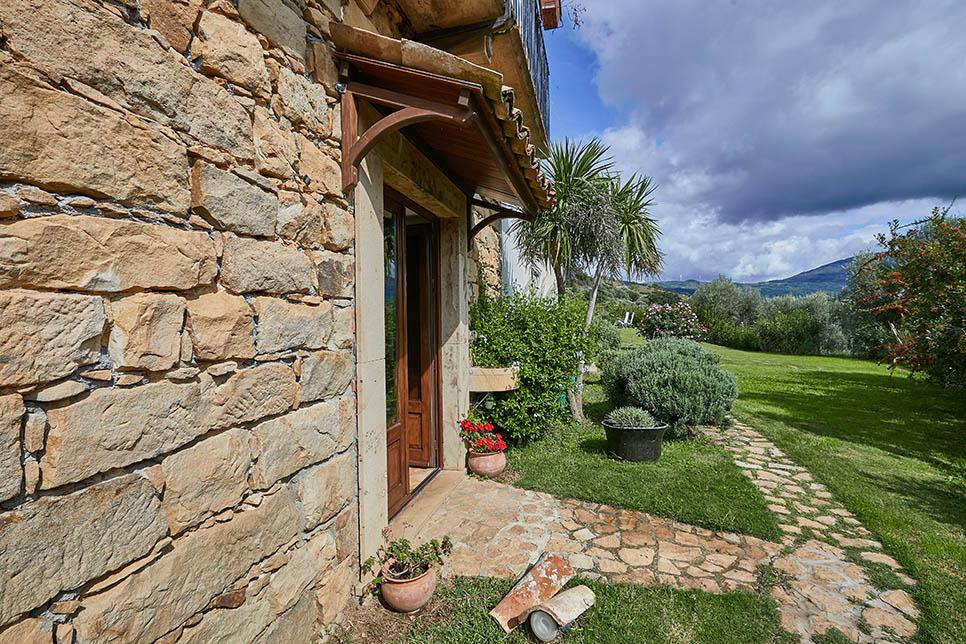 Villa Olmo Castel di Lucio 30829