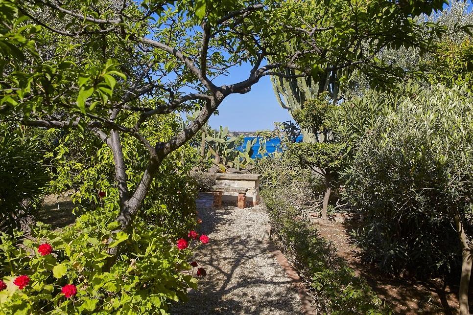 Villa Lo Scoglio Fontane Bianche 28097