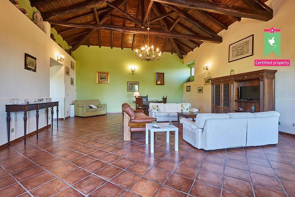 Casa Gialla Sant'Alfio 26031