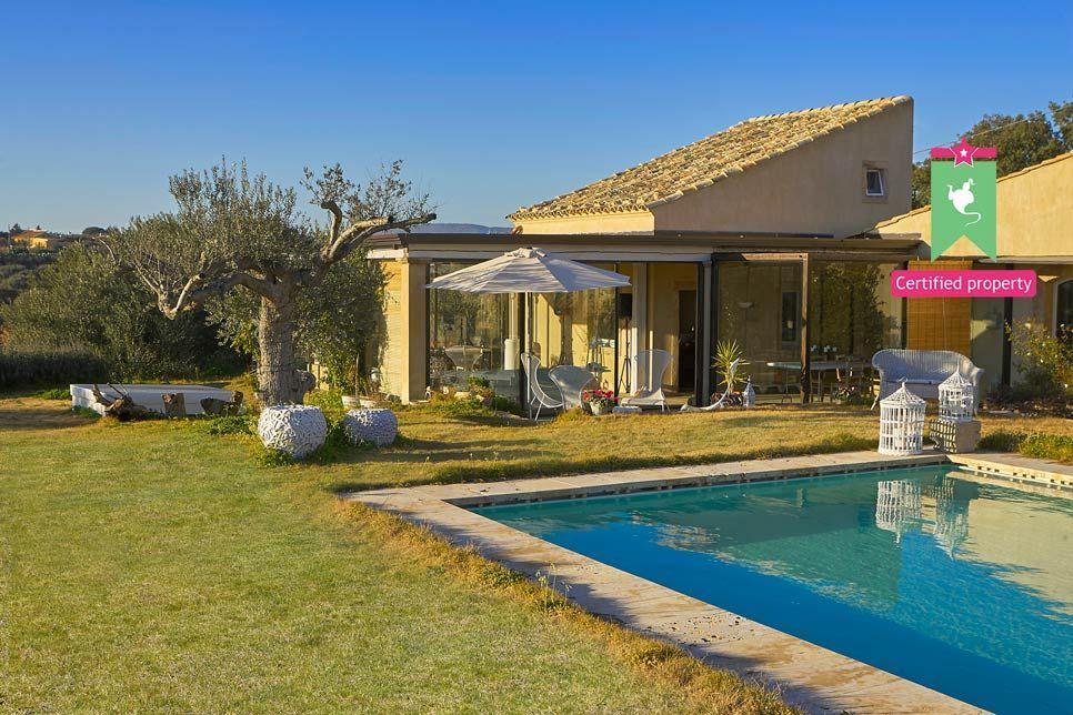 Villa del Noce Caltagirone 24097