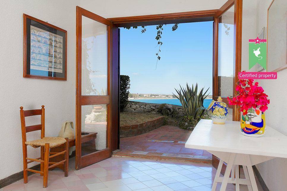 Villa Lo Scoglio Fontane Bianche 24170