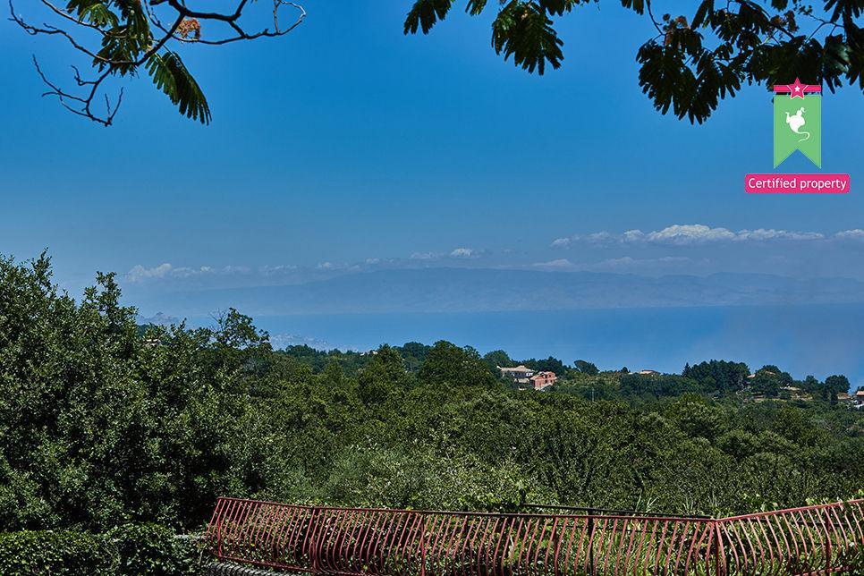 Casa Gialla & Tana Sant'Alfio 26085
