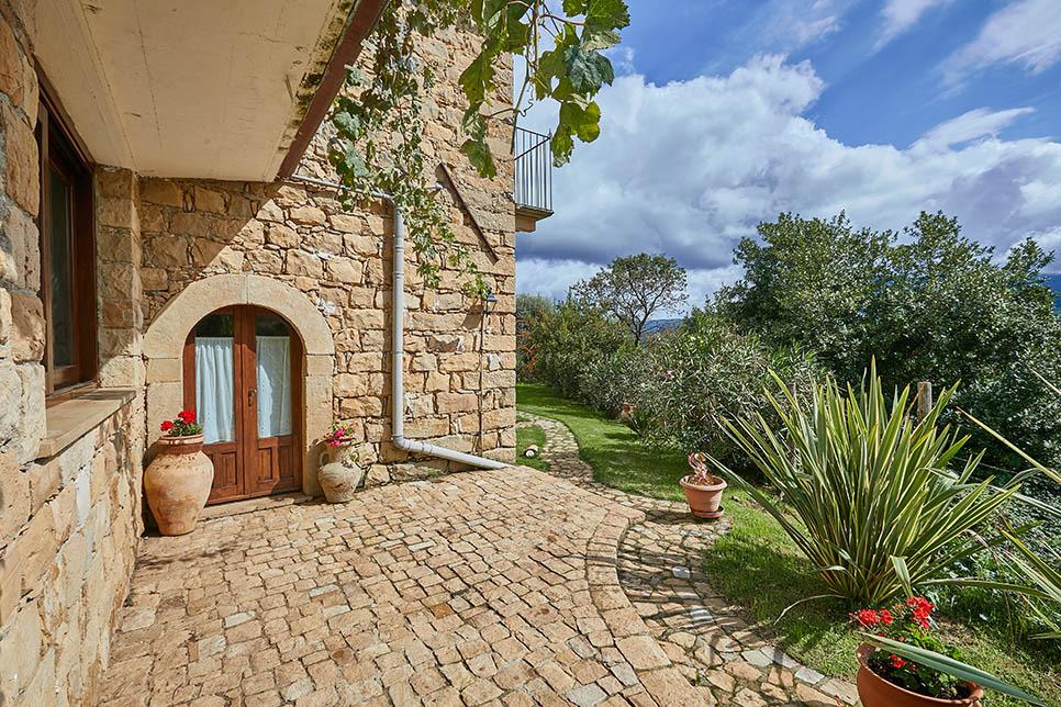 Villa Olmo Castel di Lucio 30854