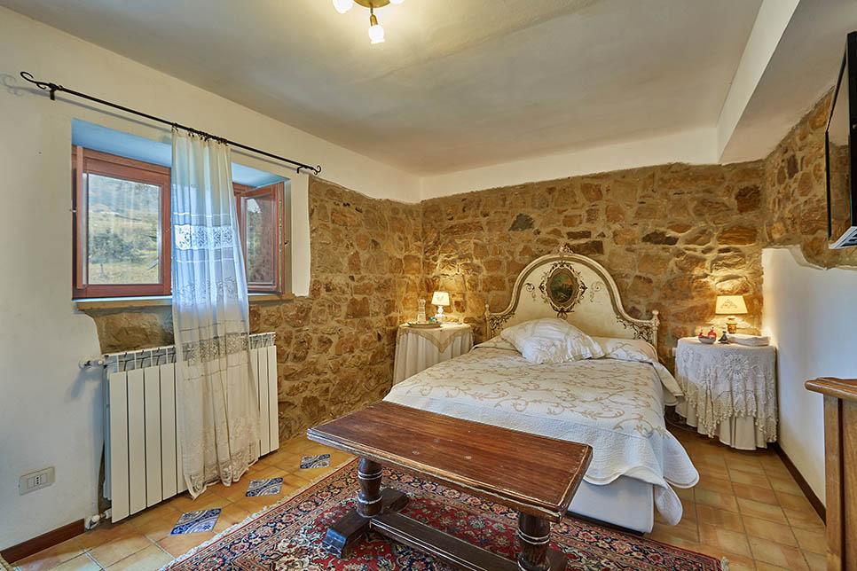 Villa Olmo Castel di Lucio 30847