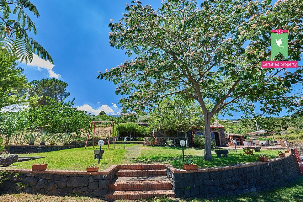 Casa Gialla & Tana Sant'Alfio 26072