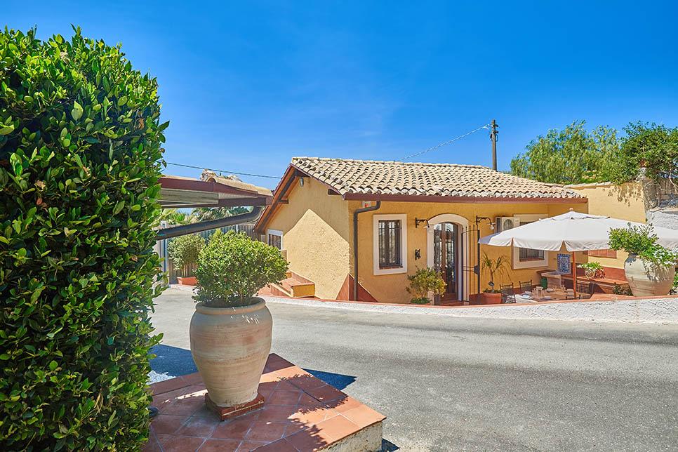 Villa Dinira Scordia 28044