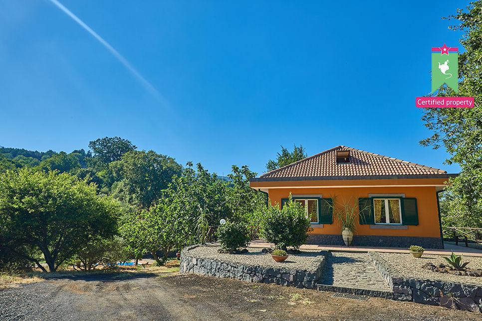 Villa Cocuzzolo Sant'Alfio 26009