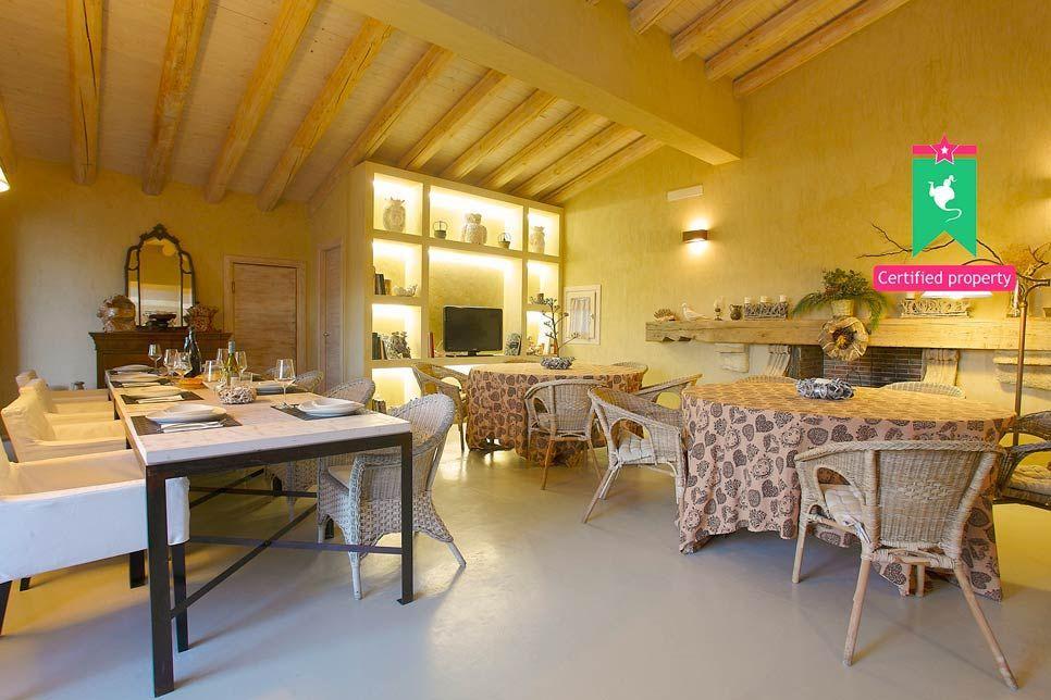 Villa del Noce Caltagirone 24073