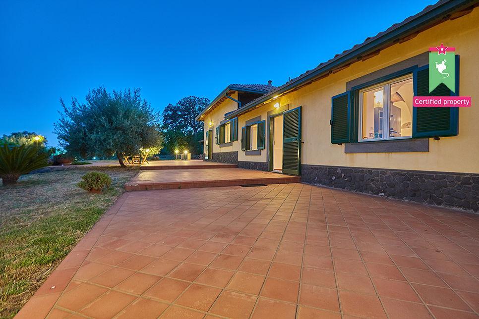 Casa Gialla & Tana Sant'Alfio 26039
