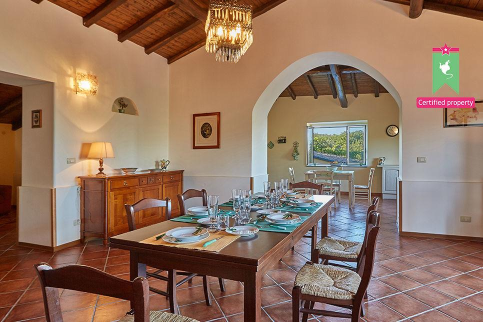 Casa Gialla & Tana Sant'Alfio 26046