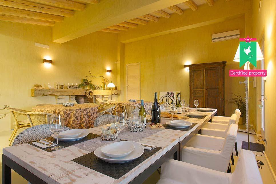 Villa del Noce Caltagirone 24077