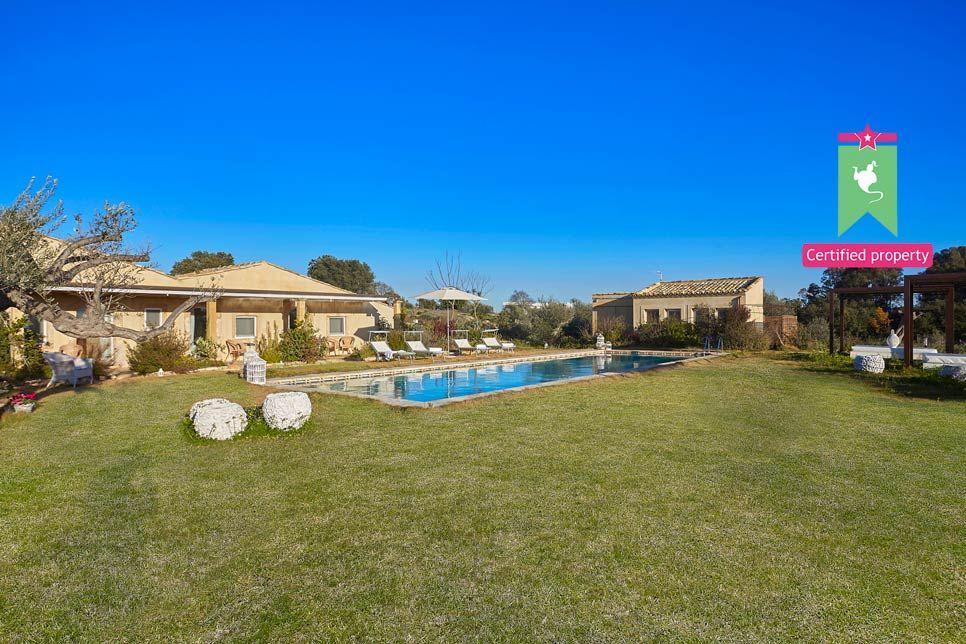 Villa del Noce Caltagirone 24103