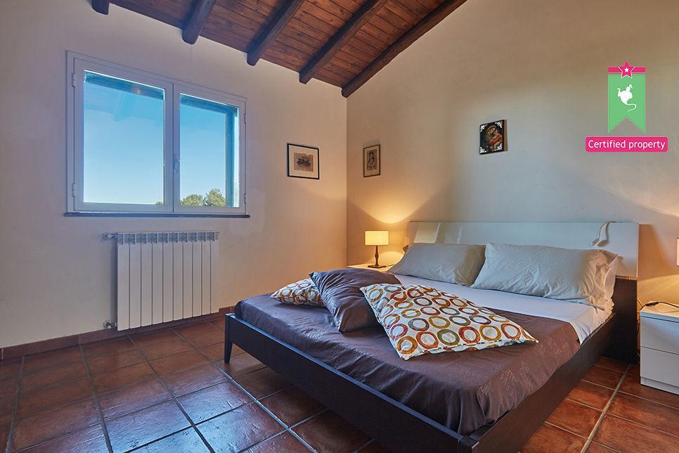 Casa Gialla & Tana Sant'Alfio 26043