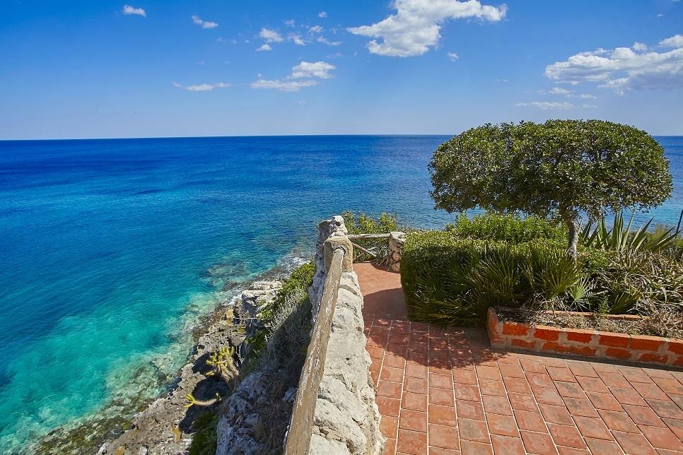 Villa Lo Scoglio Fontane Bianche 28117