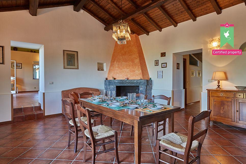 Casa Gialla & Tana Sant'Alfio 26040