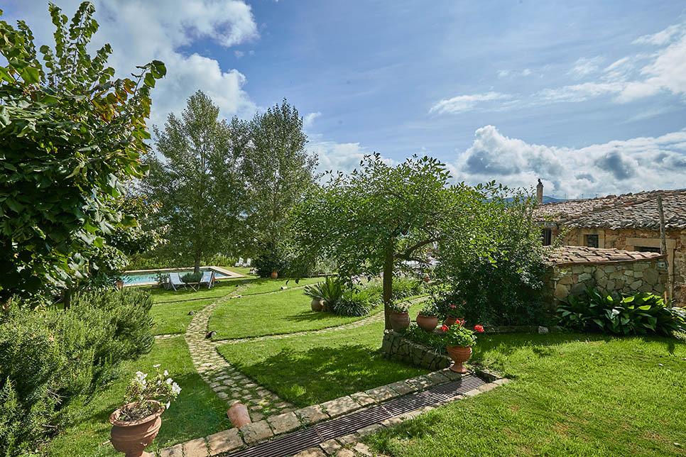 Villa Olmo Castel di Lucio 30856