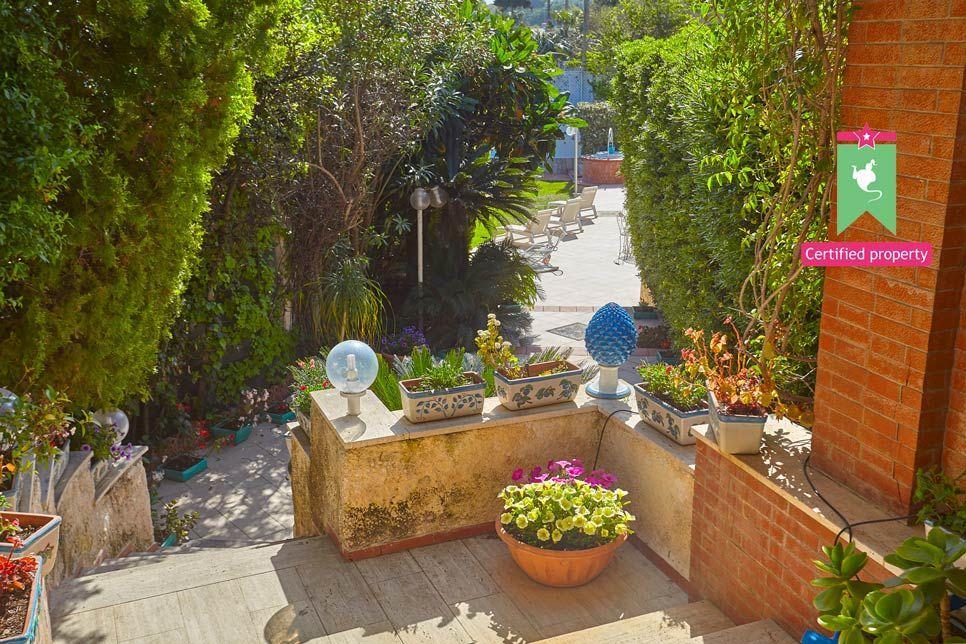 Villa Renata Fontane Bianche 23139