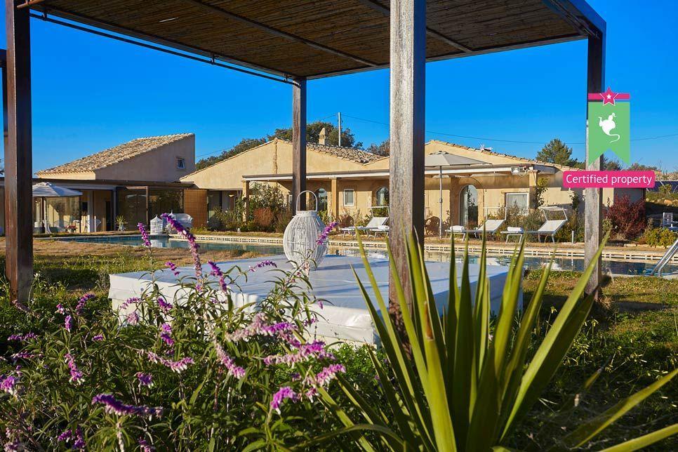 Villa del Noce Caltagirone 24102