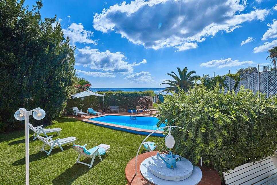 Villa Renata Fontane Bianche 28562