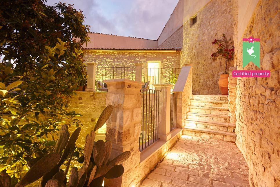 Hortus Suites Modica 22549