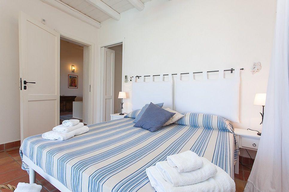 Villa Buzza Caronia 26571