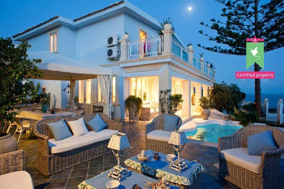 Villa Antares Fontane Bianche 26430