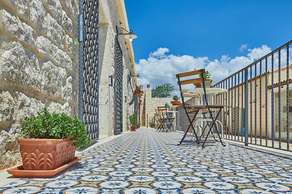 Rocca Di Pietra Ragusa 32006