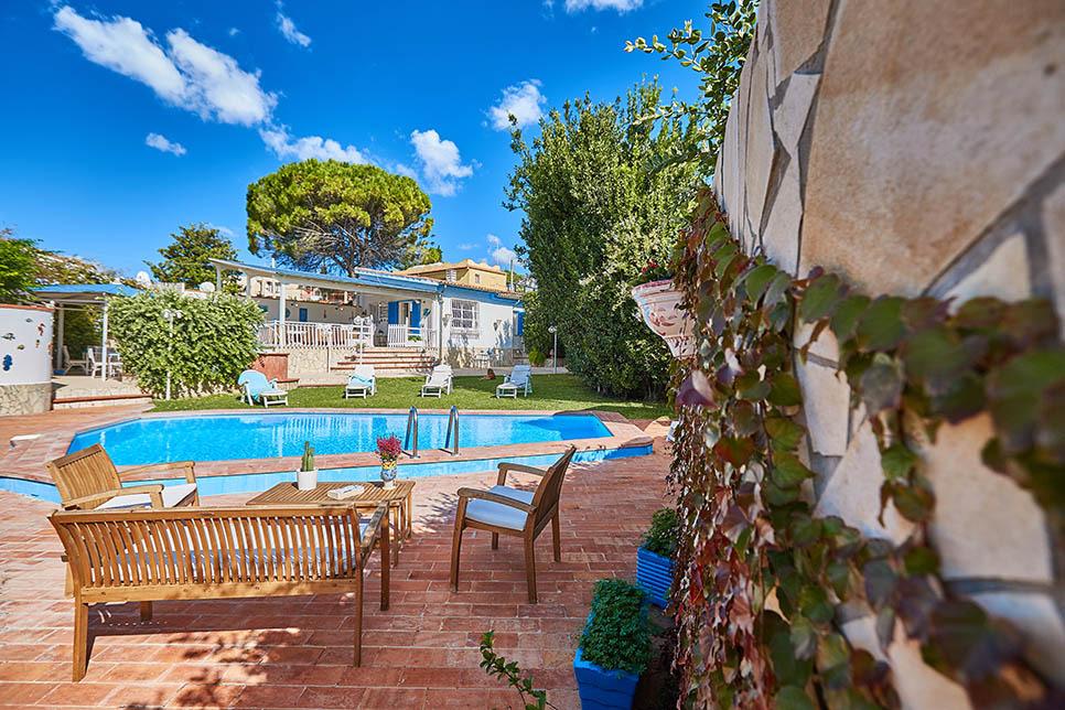 Villa Renata Fontane Bianche 28566